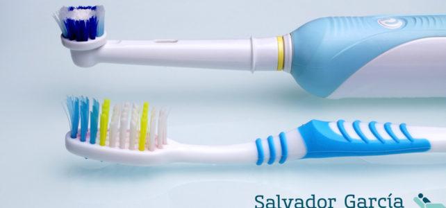 Cepillo dental, ¿manual o eléctrico?