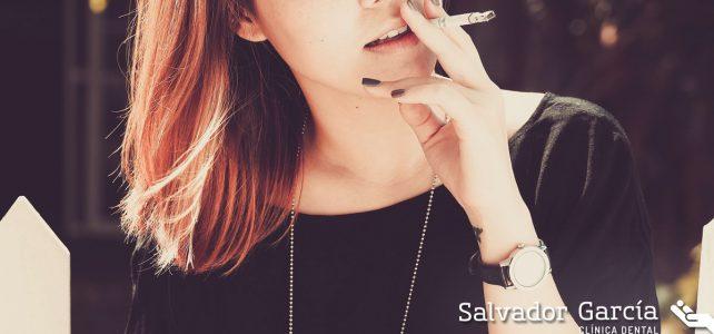 ¿Cómo afecta el tabaco a la salud bucodental?