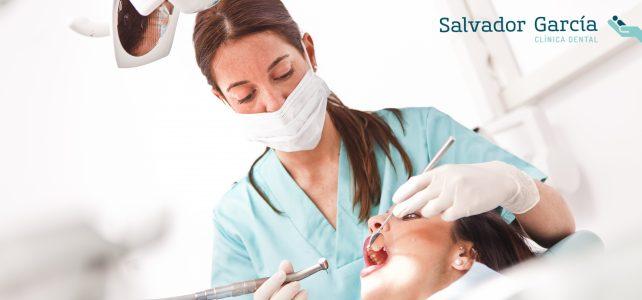 La limpieza dental profesional. Un tratamiento que necesitas