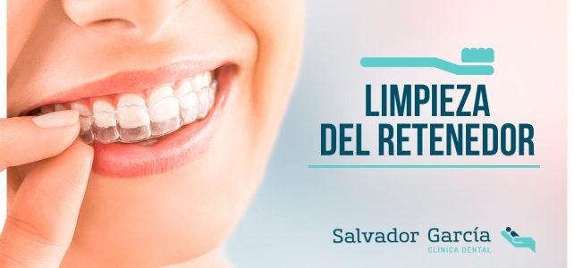 Retenedor dental: función, tipos y mantenimiento